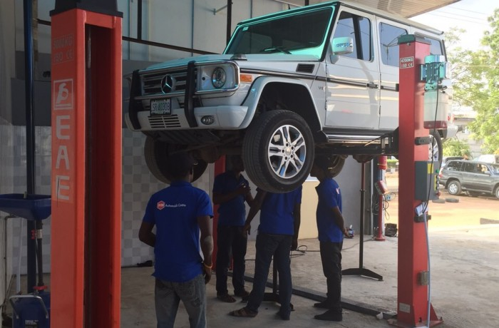 Vehicle Servicing and Lube